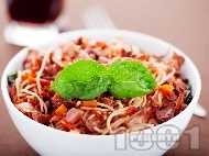 Спагети със заешко рагу